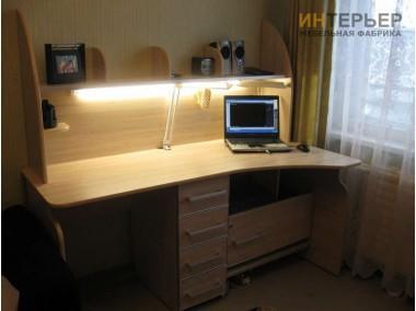 Компьютерный стол на заказ 1800 мм. ksz-100515