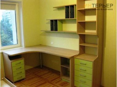 Компьютерный стол на заказ 1100*1200 мм. ksz-100536