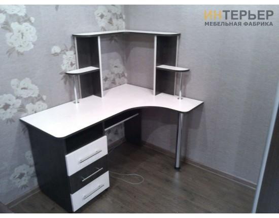 Купить Компьютерный стол на заказ 1200*800 мм. ksz-100539 в Томске