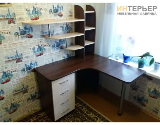 Купить Компьютерный стол на заказ 1200*1200 мм. ksz-100531 в Томске