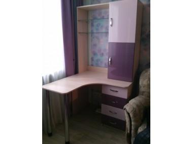 Компьютерный стол на заказ 1200*1100 мм. ksz-100502