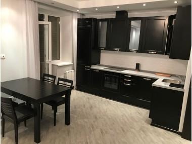 Кухня на заказ knzak-100216 купить в Томске